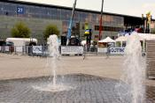 Stand H18 and water fountains in the sun
